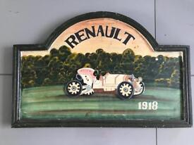 Wooden Renault in ver good condition!