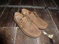 Men's tan shoes