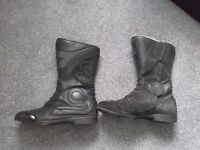 Diadora Air Forced Boots in Size 9
