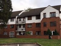 A lovely two bedroom flat in heart of Hounslow, walking distance from Hounslow overground.