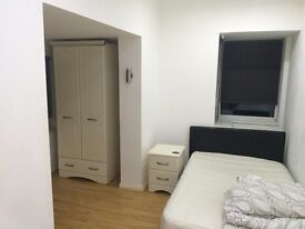 Double room to rent in gay friendly house
