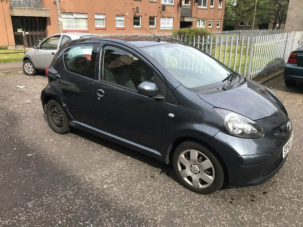 toyota aygo 1 0 petrol 2006 5 doors grey in gilmerton edinburgh gumtree. Black Bedroom Furniture Sets. Home Design Ideas