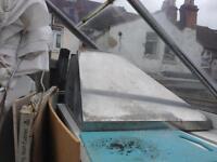 Kitchen extractor hood