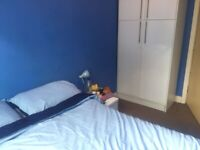 Bedroom near Manchester Airport /Hale-1st June