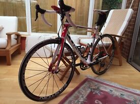 Cube Agree 58 cm endurance road bike, (2013) Ultegra gears, low mileage and in immaculate condition