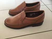 Men's new leather Tan Padder slip on shoes size 6 1/2 wide fitting.