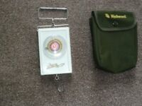 Original 'Avon' London Fishing Weigh Scales - 40lbs capacity plus Protective Pouch
