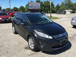 2011 Ford Fiesta SE ***NO ACCIDENTS***
