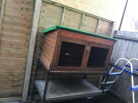 Guinea Pig/Rabbit Hutch, stand & accessories