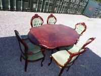 CAN DELIVER - HIGHLY POLISHED ITALIAN DINING TABLE + 6 CHAIRS IN VERY GOOD CONDITION