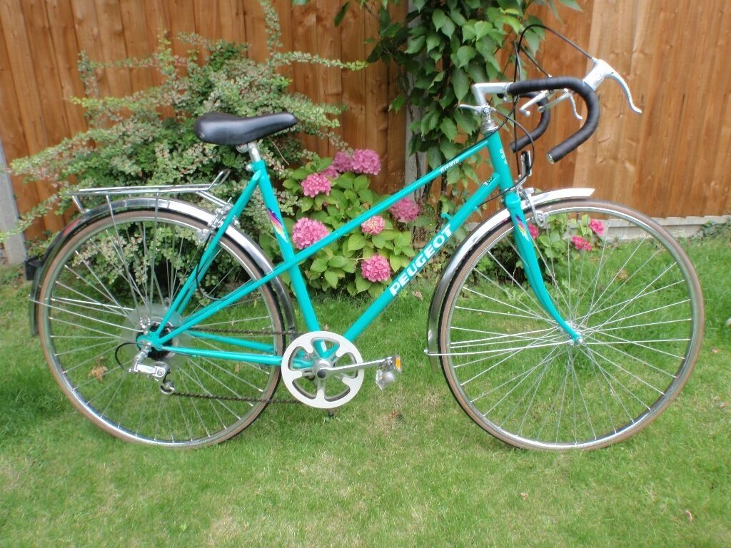 ladies peugeot riviera 5 speed racing/town bike with rear carrier
