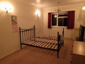 Large double room in Surbiton