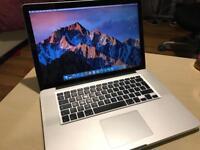 MacBook Pro 2011 quad core i7 4gb 500gb