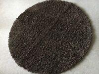 Rug circular long pile (shaggy) brown