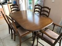 Extending Dining Table with 8 Chairs £195.