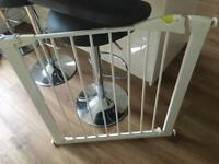 Mothercare stairgate babygate