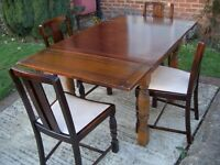 Solid Wood Retro Extending Dining Table with Carved Legs + 4 Matching Chairs