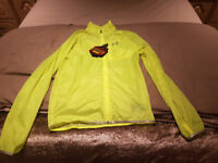 UNDER ARMOUR YELLOW JACKET MENS SIZE SMALL BRAND NEW WITH TAGS