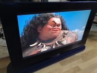 Bang & Olufsen B&O BeoVision 7 32 MK3 720p HD LCD TV & BeoLab 7.1 + WALL BRACKET