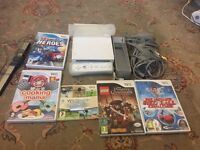 NINTENDO WII 1 REMOTE N 5 GAMES FULLY WORKING
