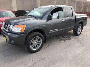 2012 Nissan Titan SL, Quad Cab, Auto, Leather, Sunroof, 4x4