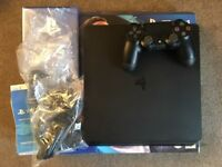 Sony Playstation 4 PS4 Slim in black 500GB like new, boxed