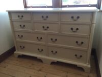 Laura Ashley Clifton Ivory 10 Draw Wide Chest