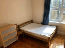 Excellent DOUBLE ROOM FOR one person on OLD KENT ROAD IN ELEPHANT AND CASTLE