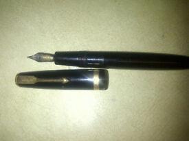 Vintage 14K Gold Parker Slimfold Fountain Pen
