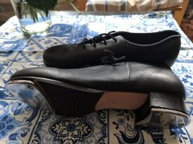 Bloch Tap Dance Shoes - used once - size 39 - AS NEW