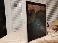 Apple iPad Pro 12.9 inch WiFi / Cellular - Latest 2017 2nd Generation