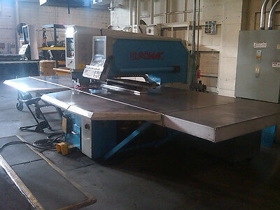 Euromac Model Zx100030 Hydraulic Punch Press