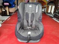 Britax Asis forward facing car seat 9kg -18kg