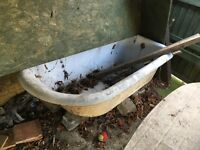 Cast Iron 'roll top' bath 5 feet