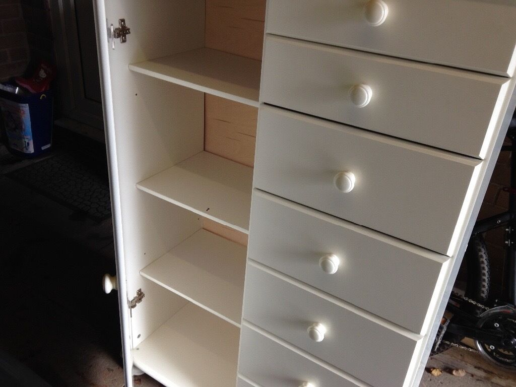 Draws with cupboard/shelves white