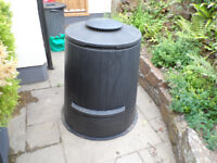 Large Milko Plastic Composting Bins never used to compost