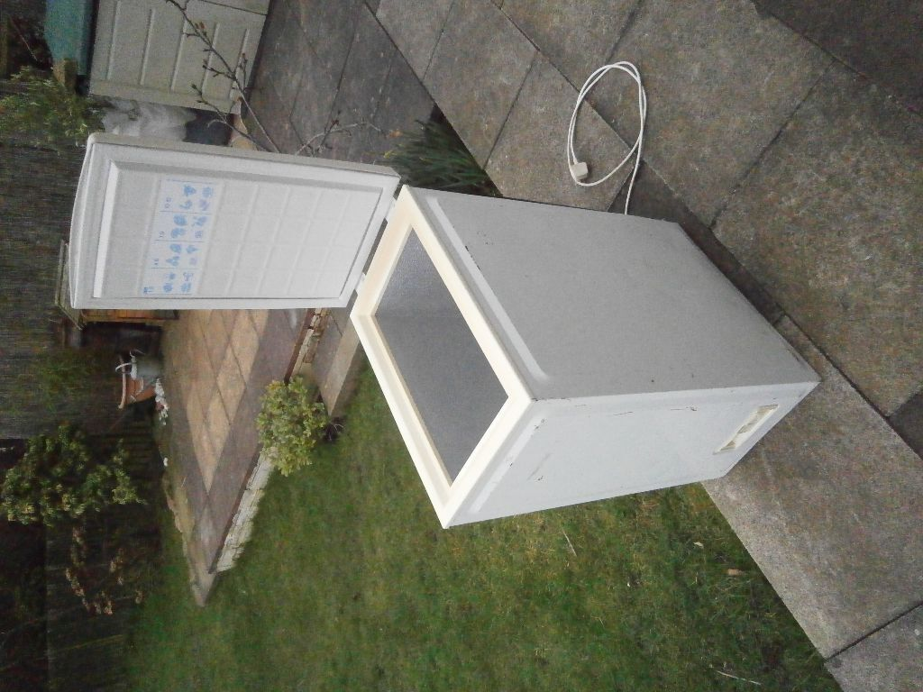 Small Narrow Chest Freezer 60 Litres 36 Cm Wide In