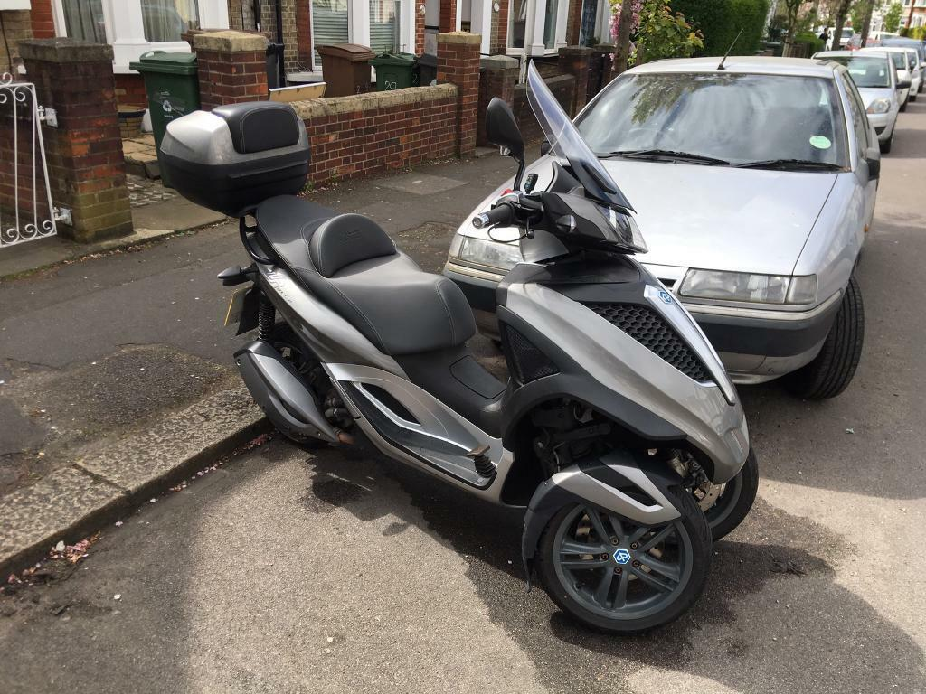 piaggio mp3 yourban 300 in chingford london gumtree. Black Bedroom Furniture Sets. Home Design Ideas