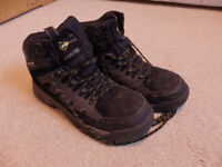 Dunlop Steel Toe-Cap Boots Size 9