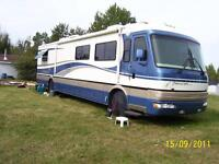 40 ft American Tradition Cummins Diesel Pusher Motorhome