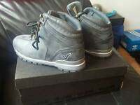 pair grey brand new size 6 boots