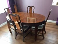 Solid, extendable dining table and 6 chairs