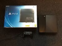 Playstation 4 500gb console with box PS4