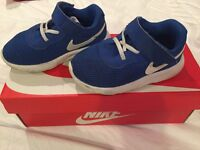 Infant Nike trainers 5.5