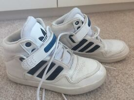 Trainers. : addidas Youths high top trainers size 3