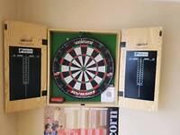 RVB 501 dartboard and cabinet