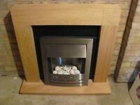 Adams electric fireplace light oak, never used, unwanted