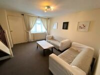 Spacious 3 bedrooms terrace house with 2 Toilets in Chadwell Heath --No DSS please