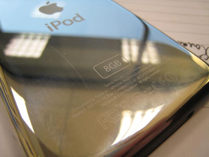 Die 8 Gigabyte-Version wurde mit der 5. iPod-Generation abgeschafft. (Titanas (CC BY-SA 2.0))