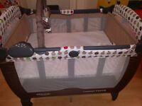 Graco Contour Electra travel cot bed- excellent condition